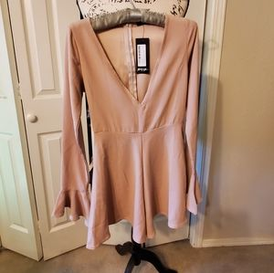 NASTY GAL  ROMPER , LONG FLUTE SLEEVES  SZ SMALL